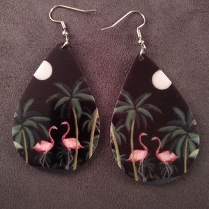 New - Earrings - Flamingos and palm trees